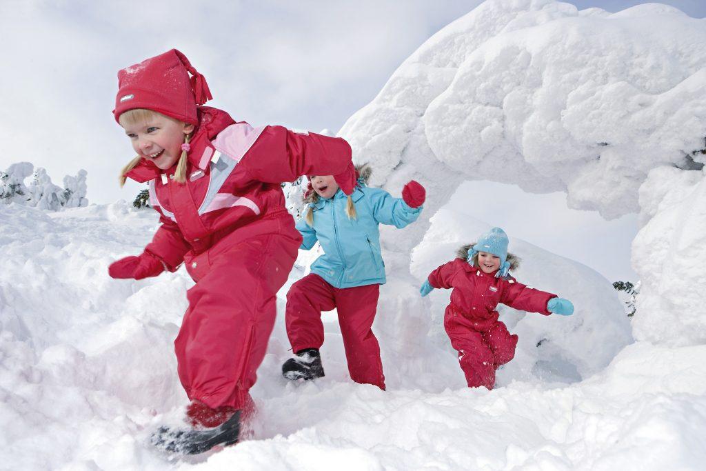 Во что одевать малыша зимой