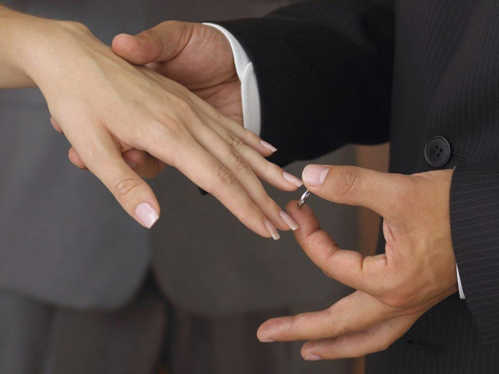 Зачем мужчины женятся?