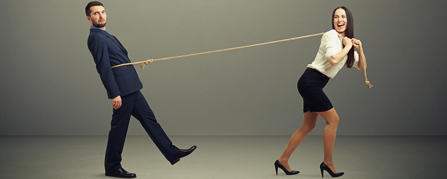 Какие уловки манипулирования мужчинами обычно используют девушки.