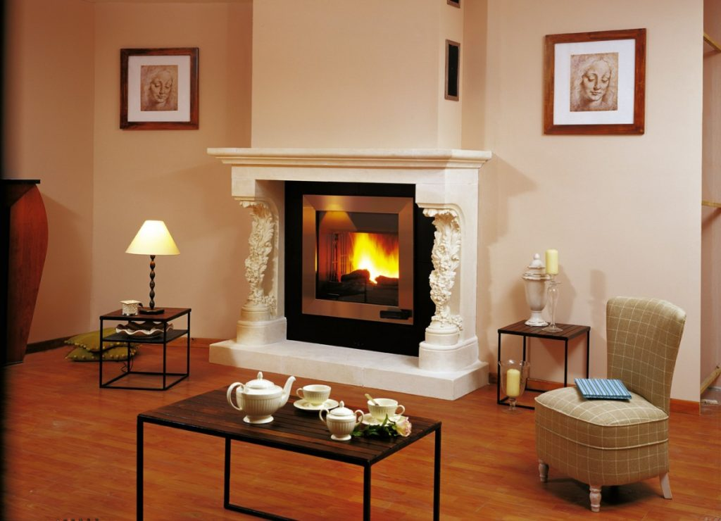 Тепло в доме - электрокамин