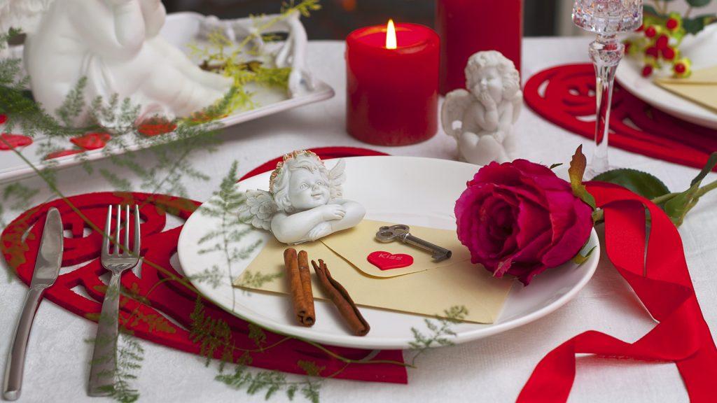 Ужин для влюбленных в День Святого Валентина