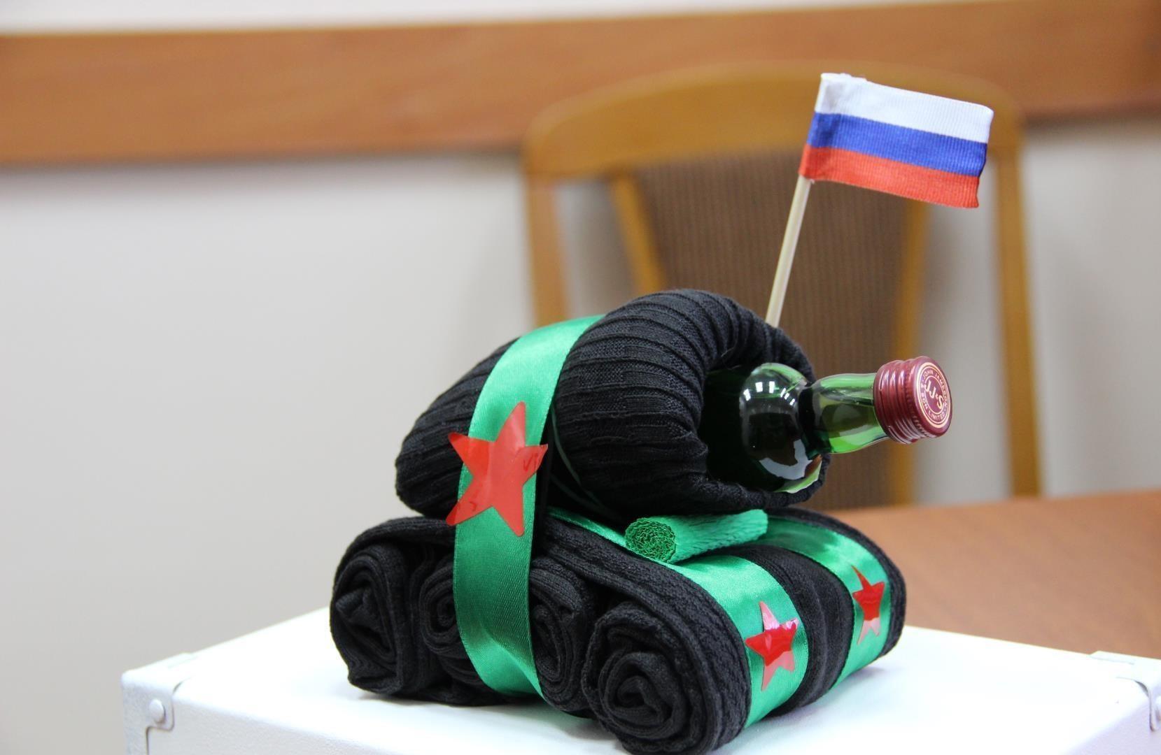 Подарок для мужчины на день защитника отечества