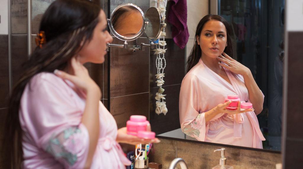 Косметические и моющие средства при беременности