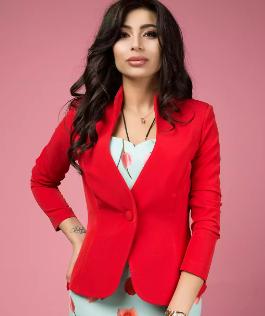 Пиджак - обязательная вещь женского гардероба