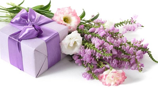Цветы для жен, детей, любовниц, мам, директоров, компаньйонов