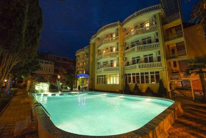 Отдых в солнечном Адлере – отель Кипарис