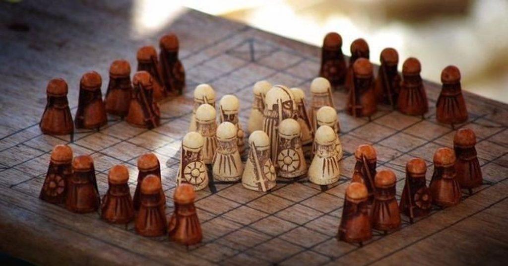 Древние настольные игры
