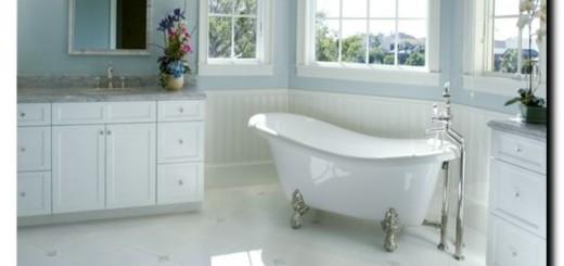 чем чистить эмаль ванны