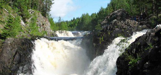 Карелия - край густых лесов, быстрых рек и водопадов