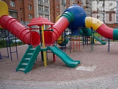 Почему детские площадки должны быть опасными?