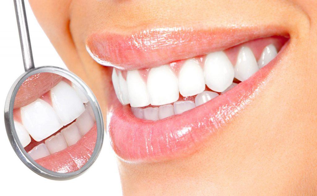 Зачем необходима профессиональная чистка зубов