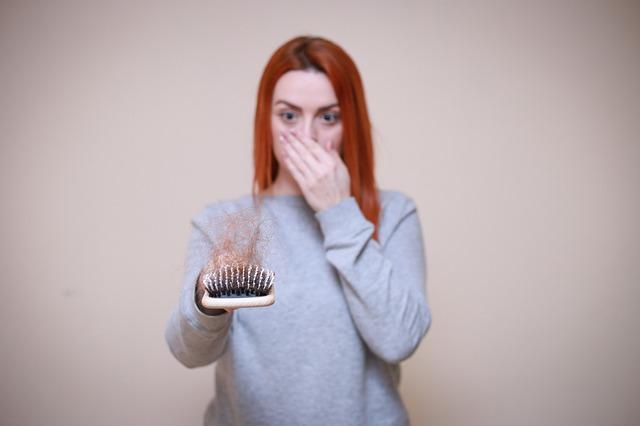 hair loss 4818772 640